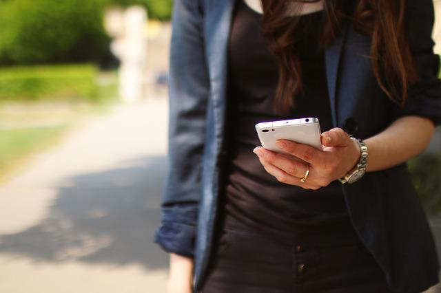 Eine Einhorn Handyhülle kann das Smartphone schützen