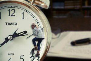 Mit der Einhorn Uhr die Uhr lernen